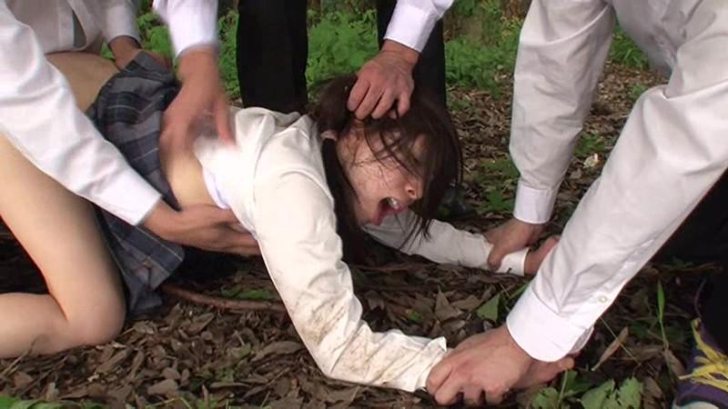 被害者21人の野外レ○プ映像