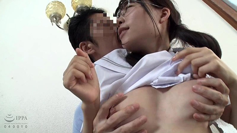 「許して…中だけは…」父に犯され続けた娘の近親相姦映像記録 の画像20