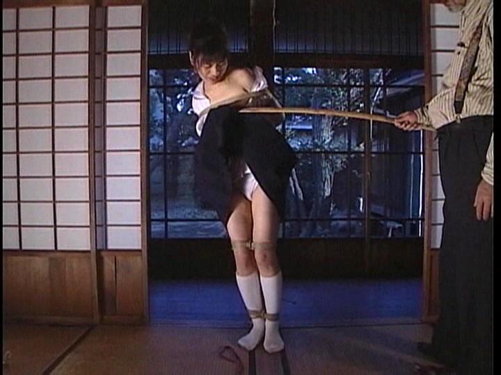 異常愛に燃え上がる制服美少女たち 女子校生スパンキング調教秘録 の画像19