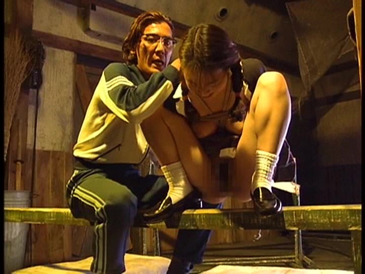 異常愛に燃え上がる制服美少女たち 女子校生スパンキング調教秘録 の画像2