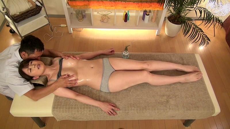 エステで火照る不貞妻 三浦恵理子 の画像7
