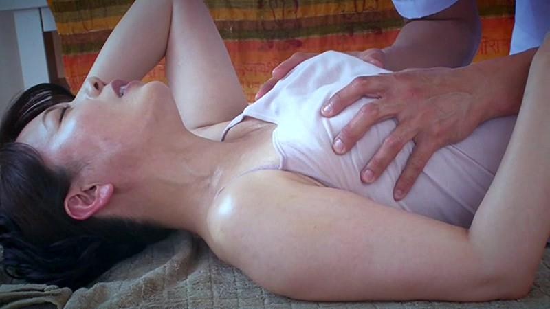 エステで火照る不貞妻 三浦恵理子 の画像12