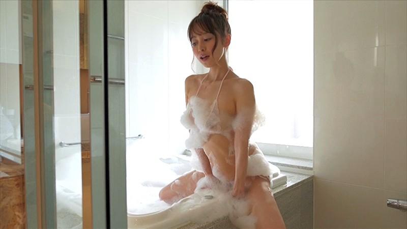 ヘアーヌード~無●正・美巨乳Fカップ・美尻・セクシー女優~/篠田ゆう の画像1