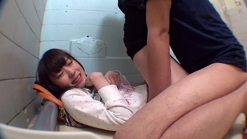 トイレこじ開けレイプ映像集 8時間