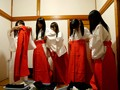 (55avop00109)[AVOP-109] 女子校生スクール中出し乱交〜パイパン巫女課外授業編〜 ダウンロード 7