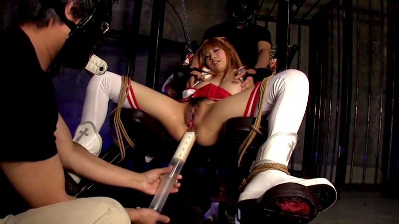 美少女剣士ア○ナ×アナルマ○コ 2穴中出しファック×フィストファック ゆい