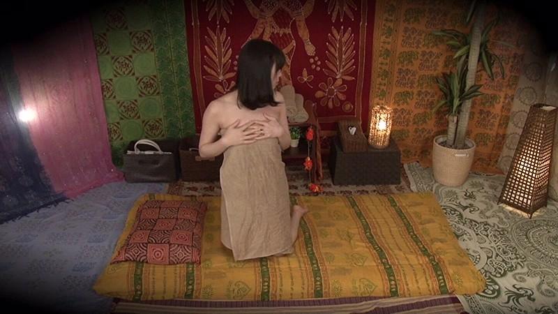 ★配信限定特典付★素人人妻をタイ古式マッサージの無料体験と偽り騙して癒して中出ししちゃいました 中央区編 の画像9