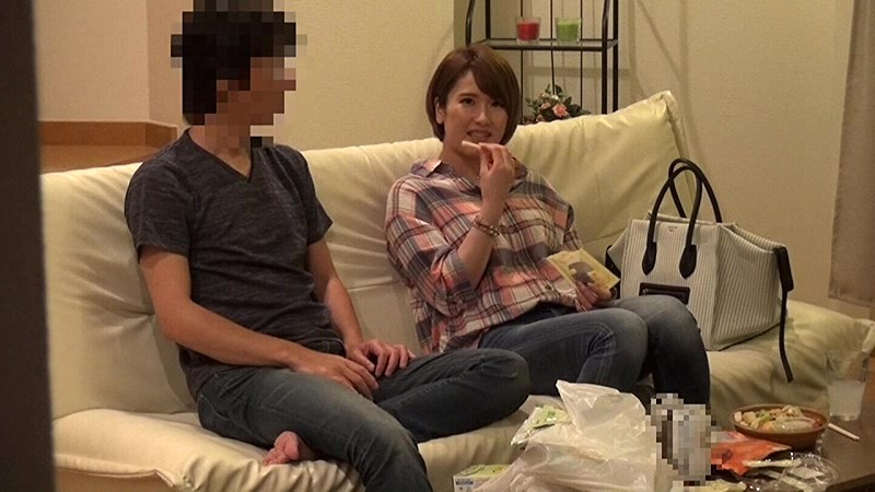 http://pics.dmm.co.jp/digital/video/57itsr00048/57itsr00048jp-2.jpg