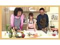 若妻、初美沙希出演のKISS無料ムービー。「KISSだけで…濡れちゃうんだもん…」 おじさん食堂02 KISSだけでパンティがビショビショになっちゃう位に感じやすい奥さんの手料理とSEXが二つの意味でオイシイ☆