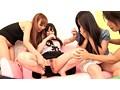 マジ友の前で羞恥 4 街頭で女の子2人組をナンパして友達の前で淫らな行為をさせる 17