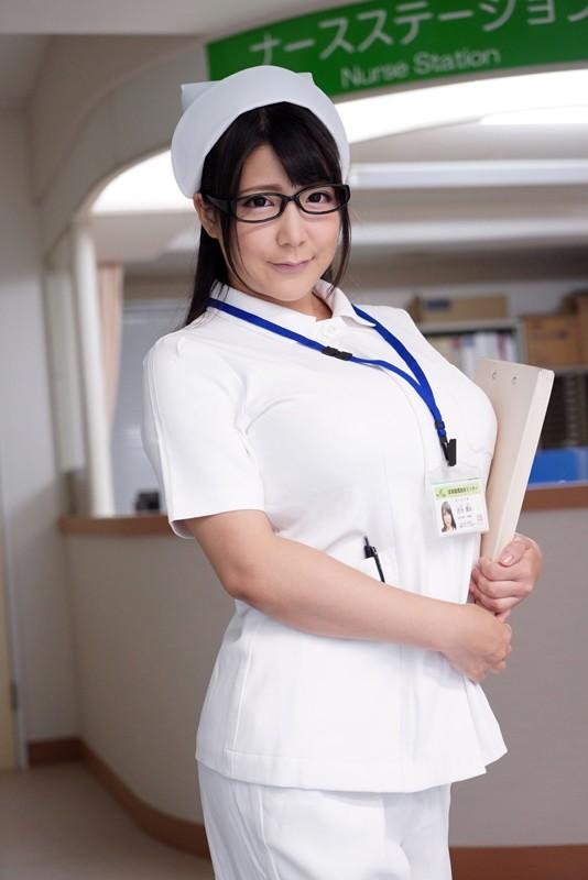 夜勤中の人妻看護師覗き 9