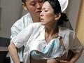 白衣の中に潜む女としての欲望!!勤務中とわかっていながら患者の誘いに乗ってしまう熟女看護師28人の赤裸々なSEX4時間 18