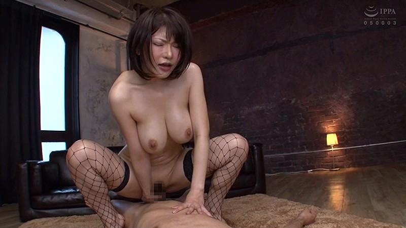 いやらしくヌメり美しく光る肌 巨乳美女33人のローション・オイルプレイ 4時間 の画像2