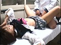 盗撮セクハラ診療 女子校生は痙攣マ●コで医師の勃起チ●ポを離さない 18