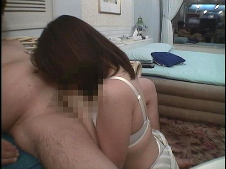 パコハメ通信 人妻と0円でSEX 隠れヤリマン奥様がフル勃起ペ〇スにむしゃぶりつくガチ濃厚SEXは最高っパコ!!