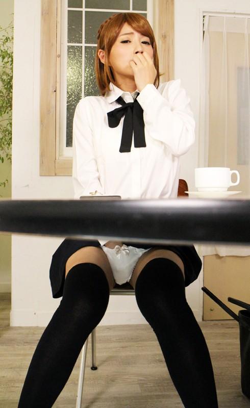 """【エロVR】エロ可愛いカノジョ""""波木はるか""""とカフェ店内でバレないようにラブセックス"""