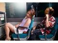 深夜バスで、興奮した彼女が他に客がいるにも関わらずSEXをおねだりしてくる 花咲いあん