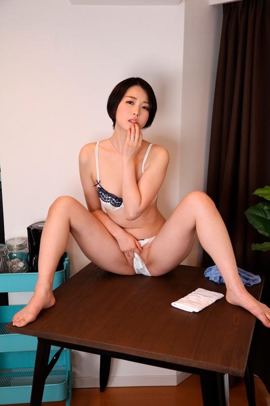 【エロVR】同じマンションに住む欲求不満な美人若妻たちと連続中出しセックス!