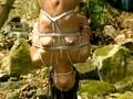 絶対服従 若妻全身針責め野外調教 18