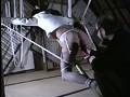 [AXDVD-158] 人妻密室監禁 浣腸鞭打ち逆さ片脚吊り