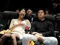 [AP-536] 映画館カップル 巨乳彼女寝取り中出し痴漢