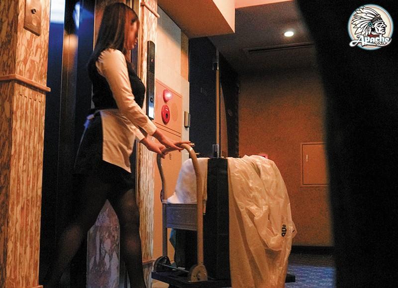 巨乳ホテル清掃員 目隠し拘束固定バイブ放置痴漢 の画像4