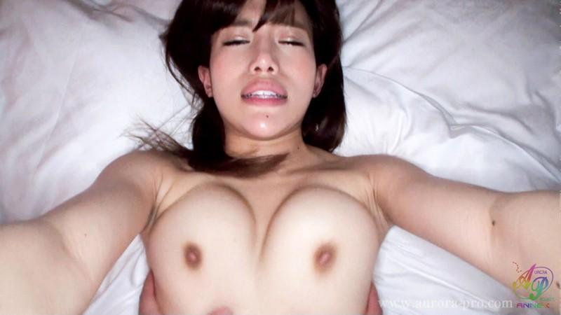 蛇舌でベロベロ!シャブリまくりのハーフ美少女と、淫乱粘質セックス!「子宮のコリコリしたところに擦れまくって、もうヤバいですっ!」 柏木くるみ の画像12