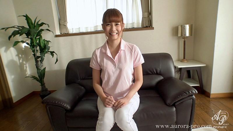 「とってもエッチに濃厚に、お世話して差し上げますね…」 可愛い介護士さんは、イラマ大好きな超ドM! 山井すず の画像19