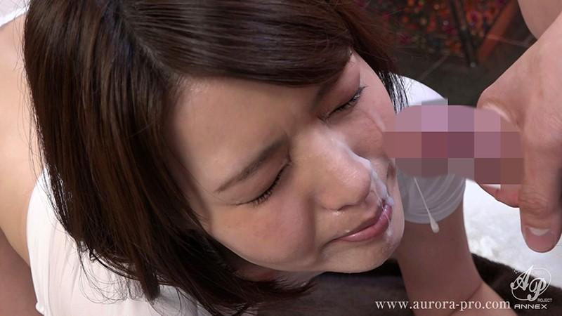 凌辱同窓会 かつての学校イチの美少女だった人妻は、輩(ヤカラ)同級生達の棲み家に誘い込まれた... 竹内麻耶 の画像3
