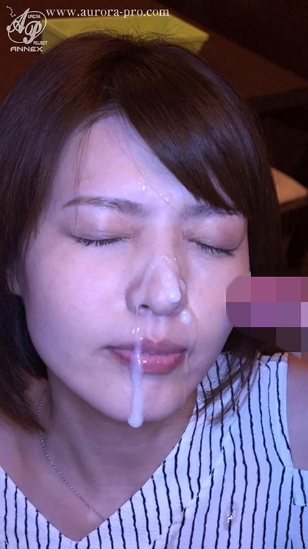 凌辱同窓会 かつての学校イチの美少女だった人妻は、輩(ヤカラ)同級生達の棲み家に誘い込まれた... 竹内麻耶 の画像17