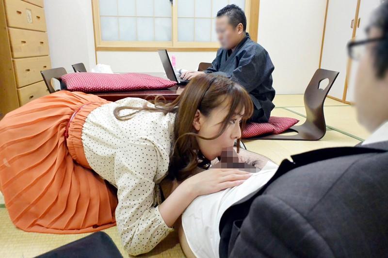 人妻肉欲家政婦 エロ小説家に妻を好き放題弄ばれ中出しペットに調教されました 秋山ゆう の画像8