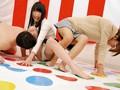 [ATOM-245] パンチラ&ポロリてんこ盛り!素人限定!いきなりブルブル!リモバイツイ●ターゲーム