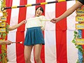パンチラ&マンチラ盛りだくさん!素人限定!ミニスカくすぐり我慢リンボーダンス! 5