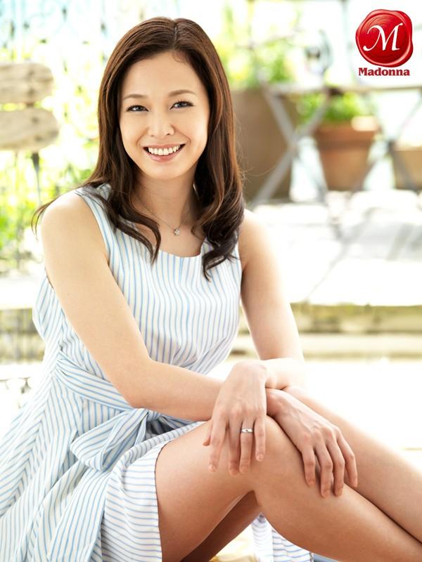 1000年に一人の人妻 現役ファッションモデル初脱ぎAVデビュー4本番!! 水原梨花 の画像1