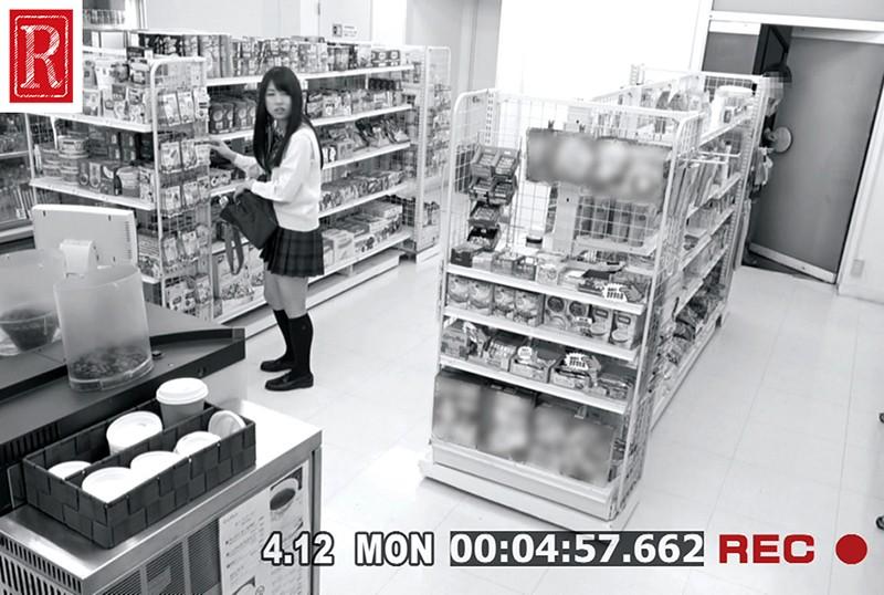 コンビニエンスストア 美人万引犯を捕まえろ! 万引き!捕まえたら何しても良い?店内でやりたい放題ヤッた店員たちの記録 の画像17