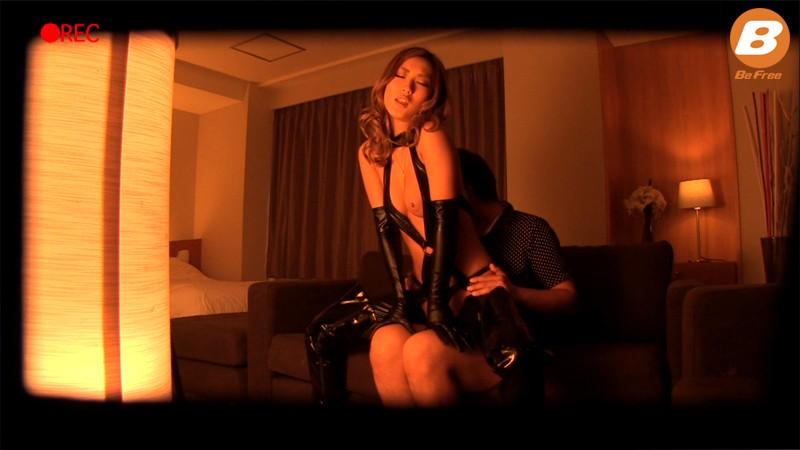 ボンデージガール 中出し絶頂痙攣SEX AIKA の画像3