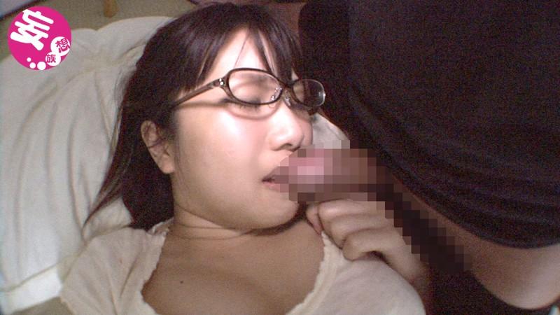 彼氏持ち21歳学生♀がakb48板野友美画像晒してオマ○コくぱぁTwitter自撮り