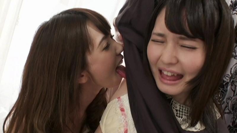 新人女優・小谷みのりは人一倍敏感な多感症の女。そんな彼女の初レズ相手は憧れの先輩・波多野結衣