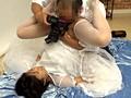[CLUB-145] 結婚式前に写真スタジオで撮影するカップルの新郎が待つ隣で新婦を寝取りレイプ2