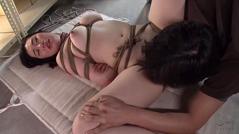 ママ友のアナル奴隷として飼育される社宅妻 大谷しおり の画像1
