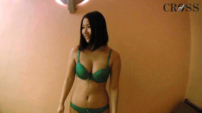 美人ADさんヤっちゃった。 in沖縄 倉科つばめ の画像4