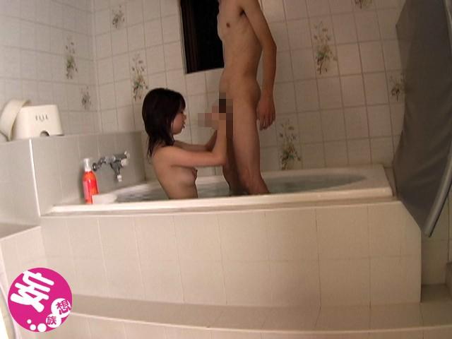 ホテルのバスルームにカメラ設置 盛り上がってヤリ始めるカップルを盗撮 の画像9