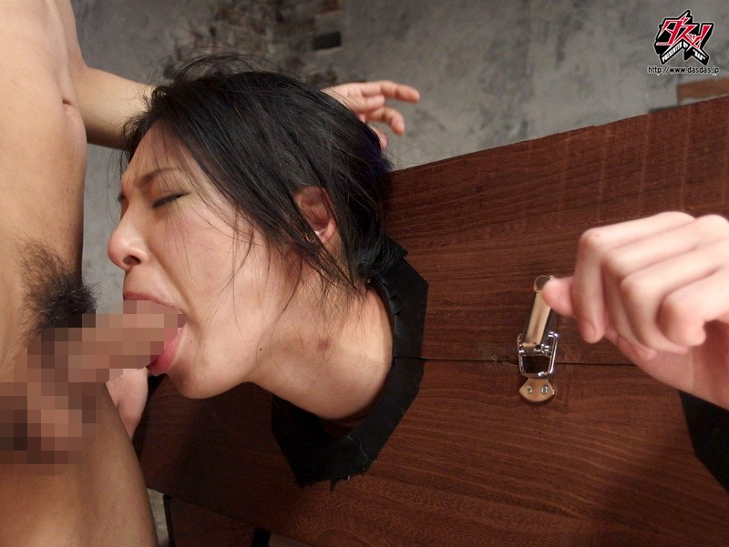 拘束されて全く抵抗できない女をぐったりするまで犯しまくる! 瀧川花音 の画像2
