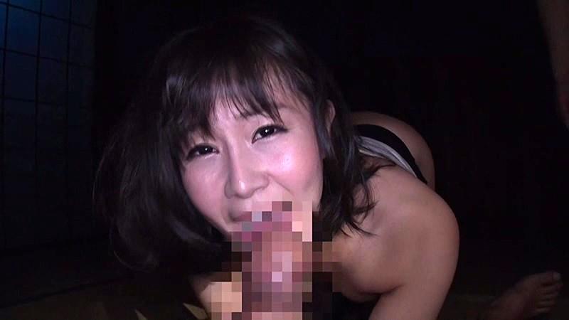 一見清楚に見える人妻は「メス豚」と罵られたいお下劣なSEXをする異常性欲女 明里ともか の画像13