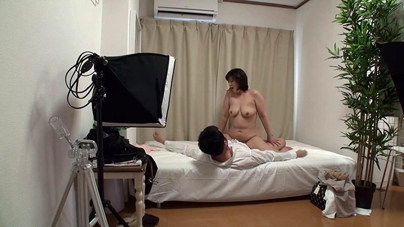 熟女パーツモデル 面接即ハメドキュメント ノーギャラで勝手に中出しAV撮っちゃいました 2 の画像10