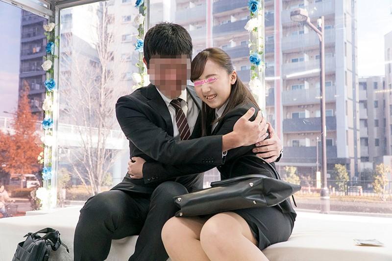 ザ・マジックミラー 顔出し!働く美女限定 街頭調査!職場の同僚と日本一エロ~い車の中で2人っきり 理性と性欲どちらが勝つのか!?同じオフィスで働く男女に突然のSEX交渉!!人生初の真正中出しスペシャル! 7 in池袋 の画像7