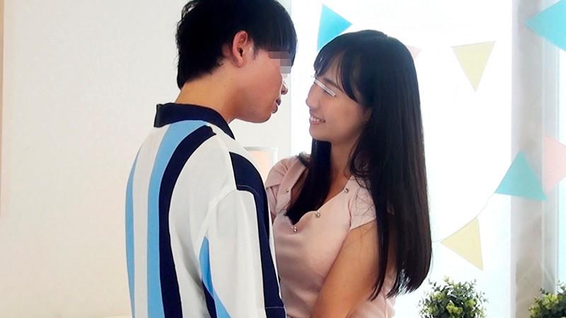 一般男女モニタリングAV 素人女子大生限定!恋人がいない大学生の男女はキスだけで恋に落ちて初対面の相手とSEXしてしまうのか?惹かれあった2人のキスまみれの完全プライベートSEXを大公開!! 3-1