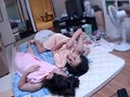 真性レズカップルお宅訪問 如月潤×相川りさ 画像10