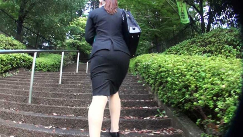 http://pics.dmm.co.jp/digital/video/dvmt00001/dvmt00001jp-1.jpg