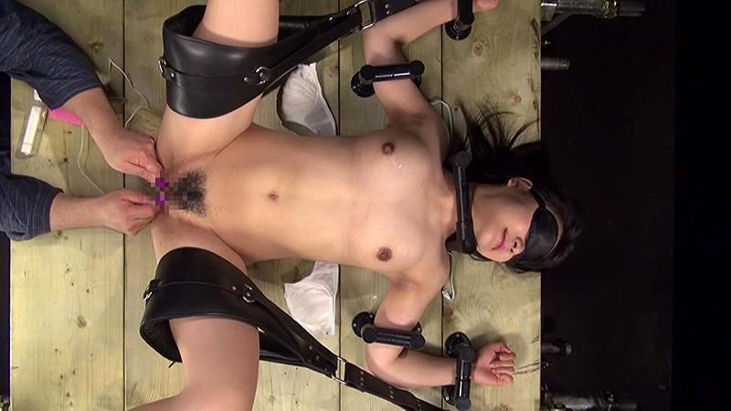 究極素人拷問ドキュメント!!撃墜黒髪少女~エピソード3~ 春山彩香 の画像6